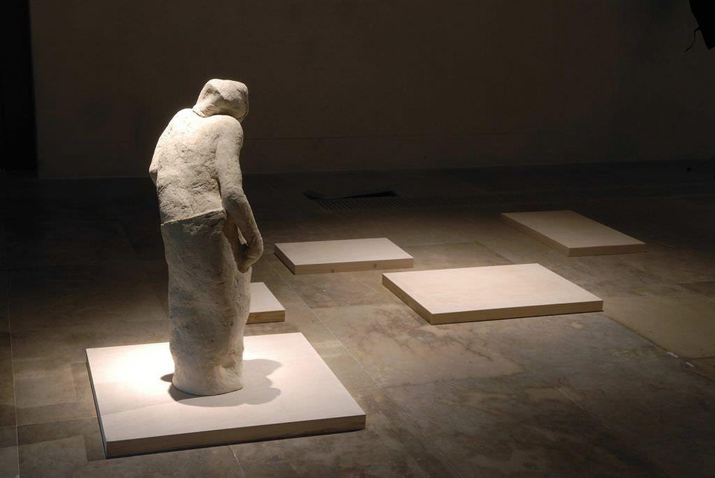 'La escritura ciega', intentando capturar el paso del tiempo  en ESCULTURA