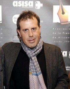 Luis Damián Martínez gana el II Certamen de Relatos 'Tabarca Cultural' en LETRAS