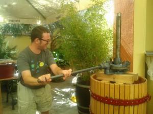 Es tiempo de vendimia y de hacer vino en el Sudeste español... en AIRE LIBRE