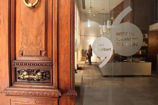 La Diputación convoca el primer proceso de selección para elegir al director cultural del Gil-Albert en ARTE