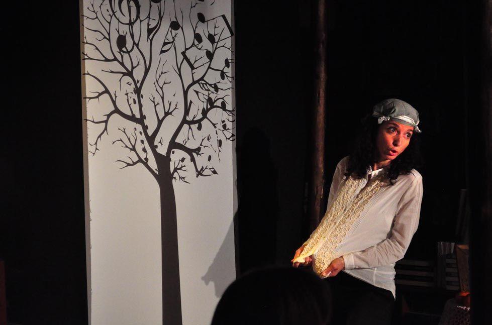 Quince espectáculos y once exposiciones colman la programación cultural de la UA en ESCENA