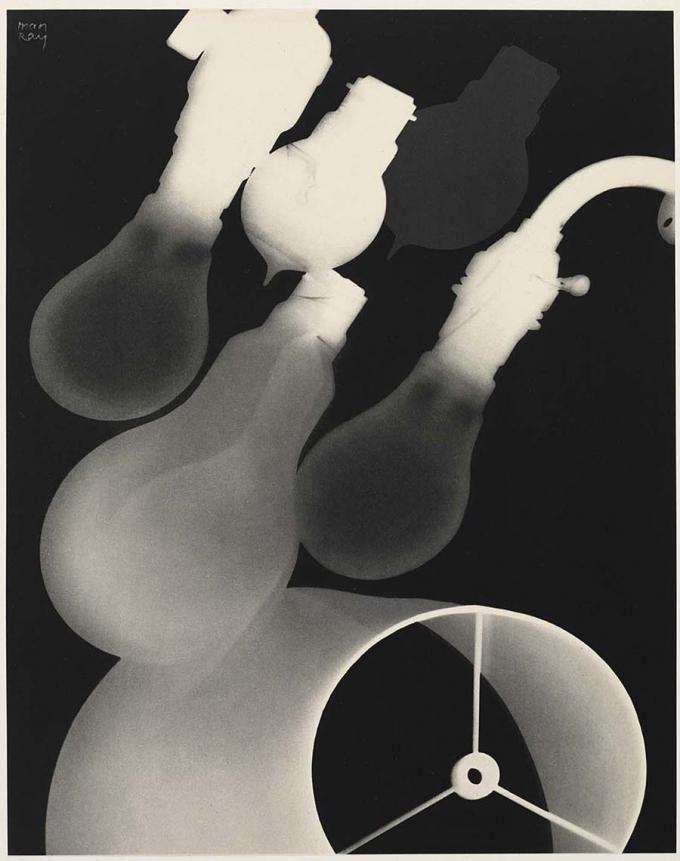 L'Espai celebra 2º aniversario con Man Ray en FOTOGRAFIA
