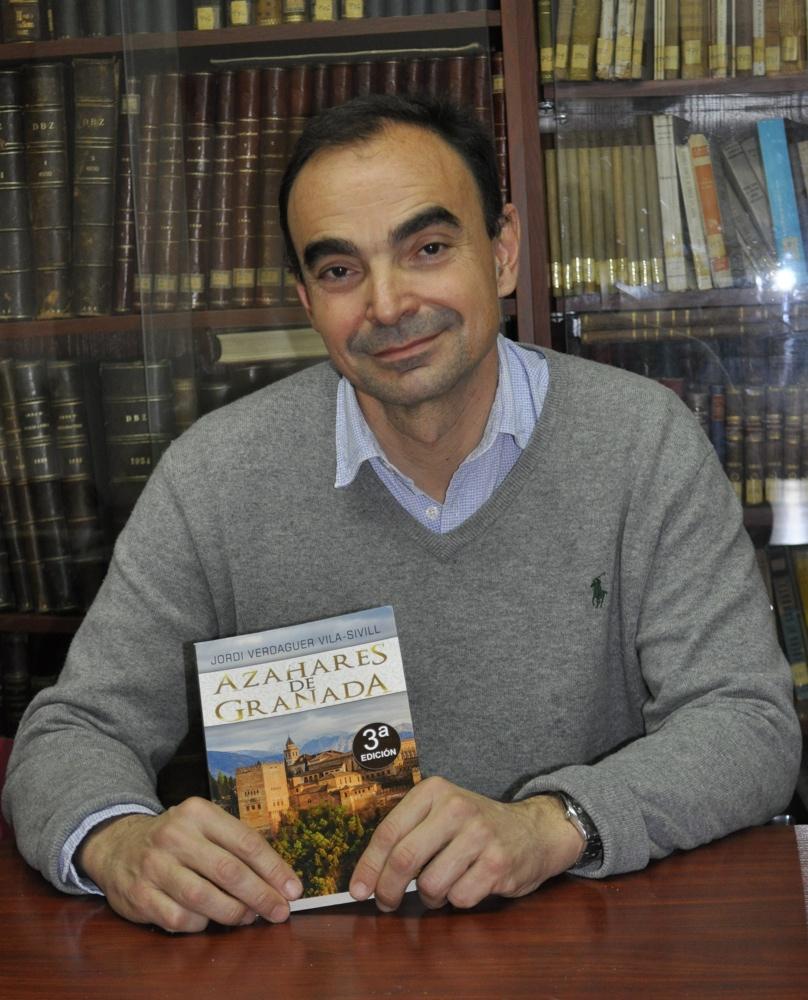 Jordi Verdaguer presenta 'La ciudad de las tres catedrales' en el Ateneo de Alicante en LETRAS