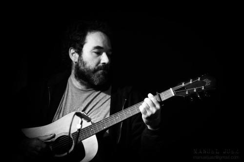 Geoff Farina, referente en la escena indie-rock de Boston, actúa en Pozos de Garrigós en MÚSICA
