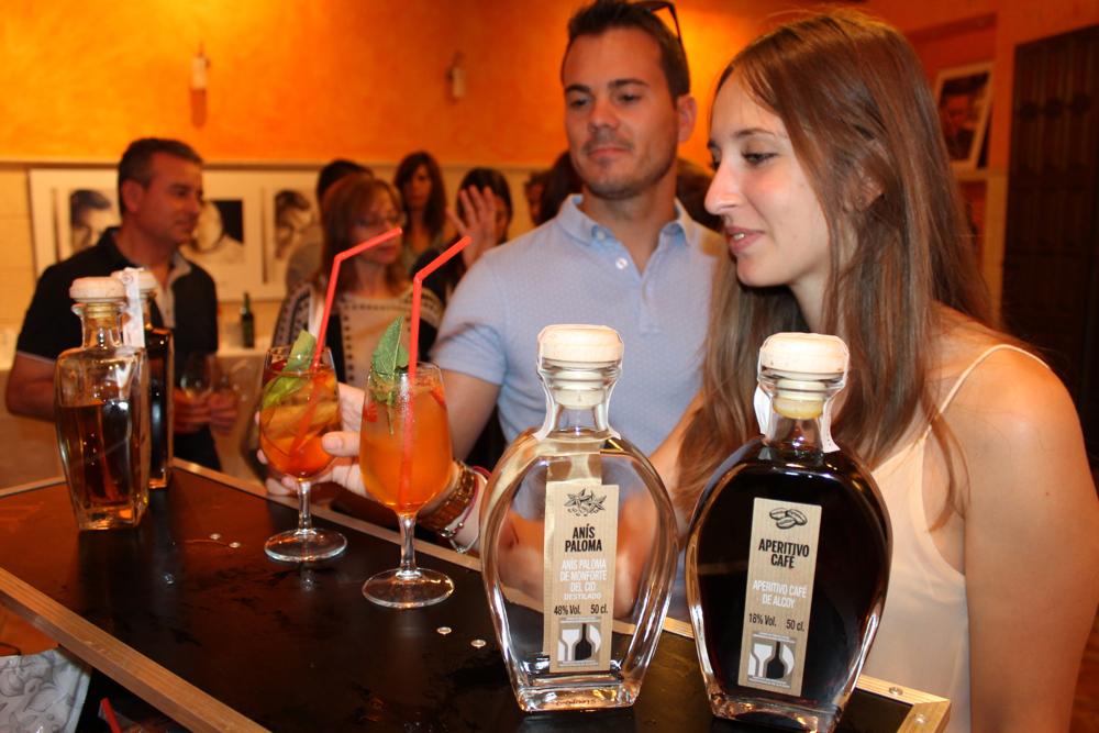 Los licores tradicionales de Alicante se integran en la coctelería más innovadora en GASTRONOMÍA