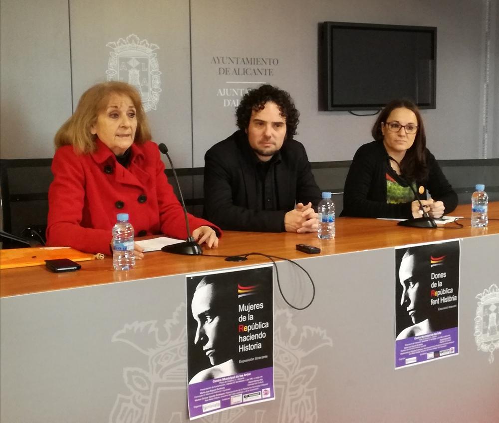 Exposición 'Mujeres de la República haciendo Historia' en el Centro Municipal de las Artes de Alicante en FOTOGRAFIA