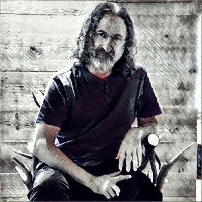 Juan Manuel Hernández presenta 'Cuando la noche te alcanza' (Tolstoievski) en The October Press en LETRAS