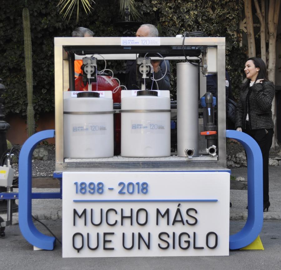 Aguas de Alicante entrega una potabilizadora para emergencias al Grupo GEA en MEDIO AMBIENTE