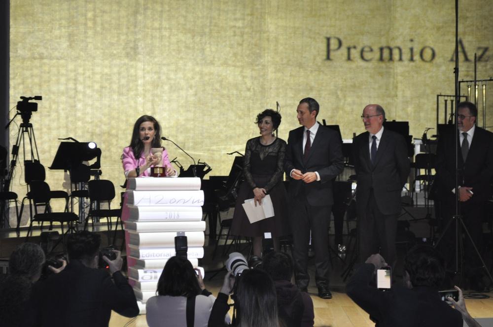 La actriz y escritora Nuria Gago, flamante Premio Azorín de Novela 2018 en LETRAS