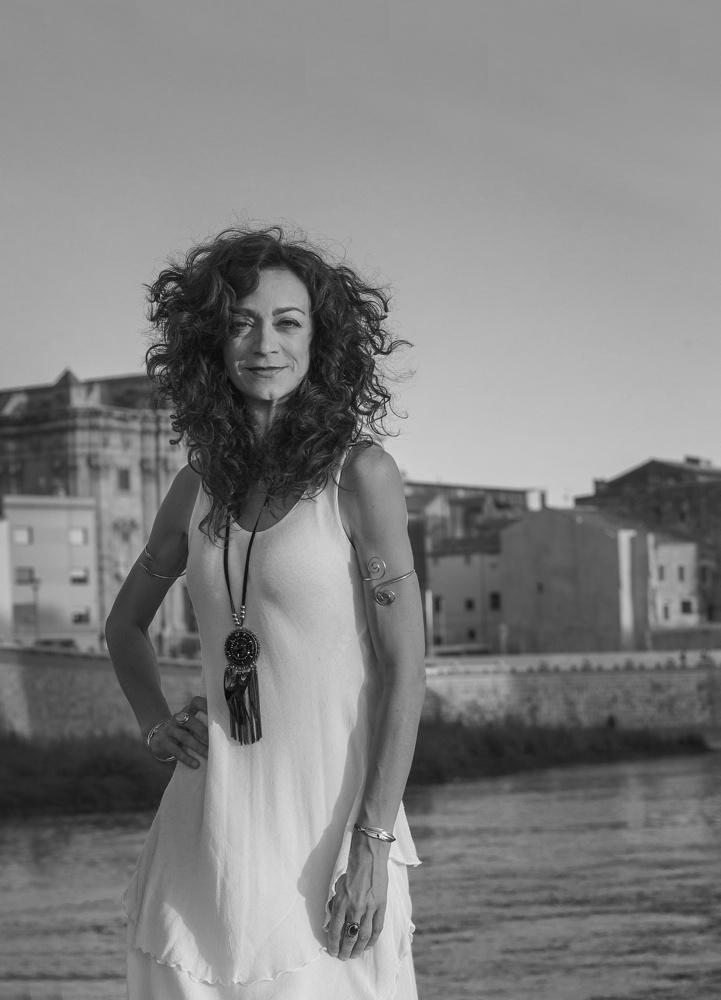 Carmen París actúa el sábado en Casa Mediterráneo en MÚSICA