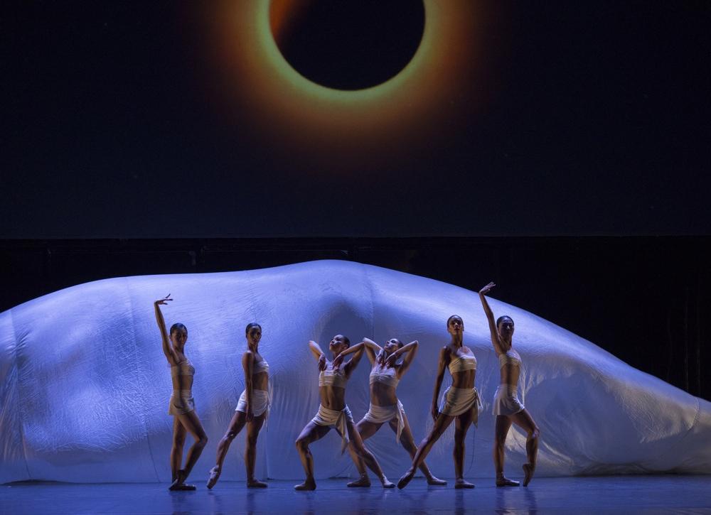 """Víctor Ullate celebra """"30 años de Danza"""" en el Principal de Alicante en ESCENA"""