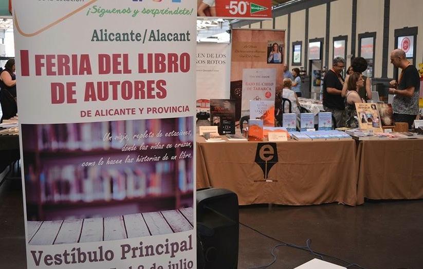 La Estación de Tren acoge la IV Feria del Libro de Autores de Alicante y Provincia en LETRAS
