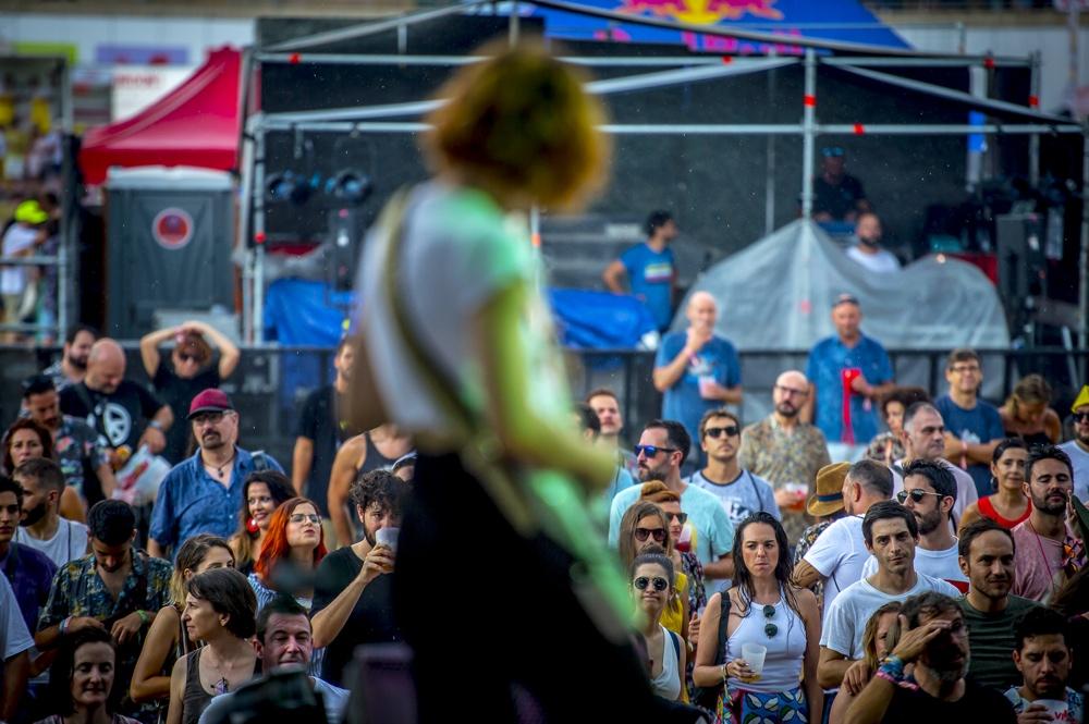 La primera jornada del Low Festival atrae a 25.000 personas en MÚSICA