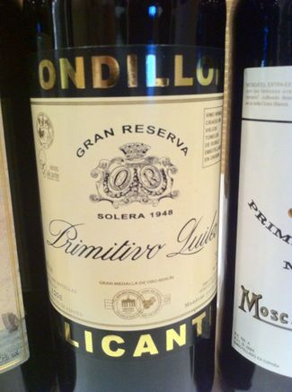 La prestigiosa guía de vinos inglesa Jancis Robinson elogia los fondillones alicantinos en GASTRONOMÍA