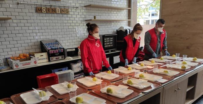 Aguas de Alicante colabora con el programa Cruz Roja RESPONDE para ayudar a las familias afectadas por la crisis del Covid 19 en DESTACADOS