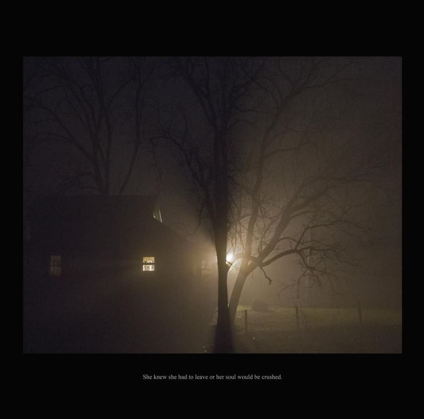 La Lonja acoge la exposición 'The Story Series' de la artista Carolyn Marks Blackwood en FOTOGRAFIA