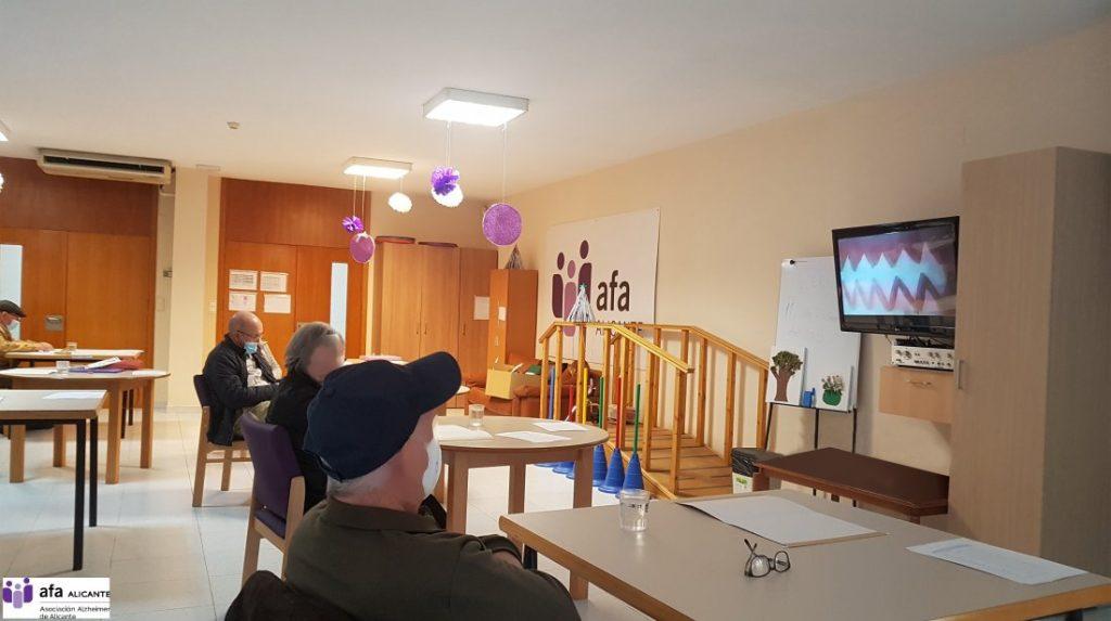El MARQ reanuda el programa Museo y Memoria para personas con Alzheimer en ARQUEOLOGÍA