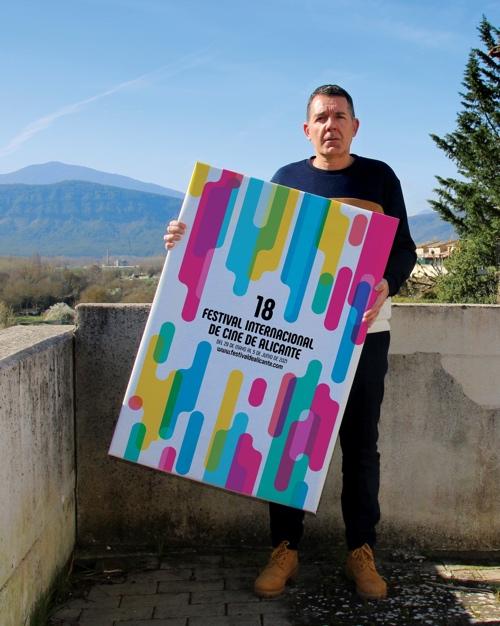 'Arena y agua de colores', cartel anunciador de la 18ª edición del Festival de Cine de Alicante en CINE