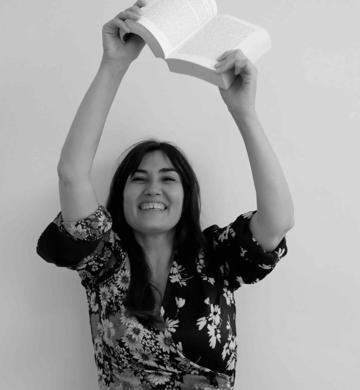 Las alicantinas Josi Alvarado y Pilar Blanco, entre los ganadores de los XL Premios de la Crítica Literaria Valenciana en LETRAS