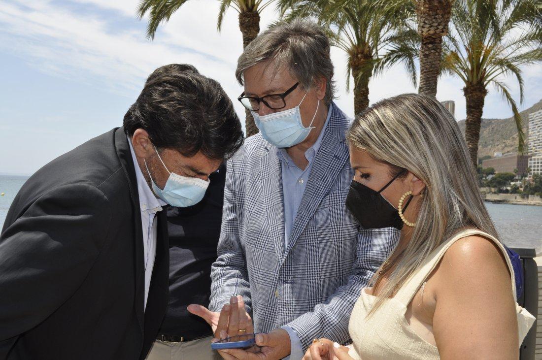 El Ayuntamiento y Aguas de Alicante presentan ION BEACH en La Albufereta, un innovador sistema para el control de aforo en la playa en AIRE LIBRE DESTACADOS