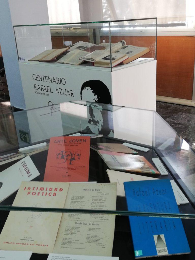 Una exposición bibliográfica recuerda a Rafael Azuar en la Biblioteca Pública Azorín de Alicante en DESTACADOS LETRAS
