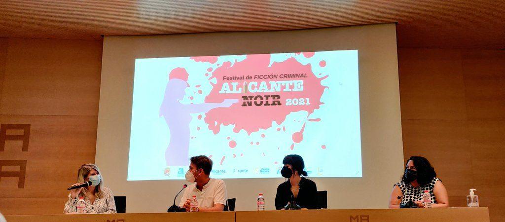Nace Literates., una plataforma literaria para sacar a relucir el talento joven de Alicante en DESTACADOS LETRAS